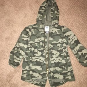 Old Navy Jackets & Coats - Girls 5T Old Navy utility jacket
